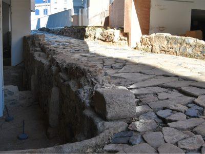 La trama viaria de Augusta Emerita: continuidad y transformaciones en época romana y tardoantigua.